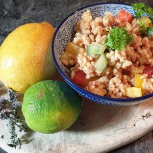 Bulgursalat mit Limette und Erdnussmus